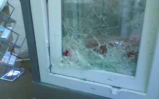 Замена стекла в балконной двери: советы