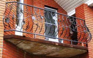 Кованые балконы: выбор и этапы изготовления
