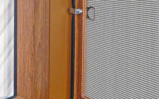 Способы крепления москитной сетки на деревянные окна