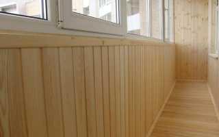 Чем покрыть и обработать вагонку на балконе?