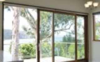 Краткий обзор современных панорамных дверей