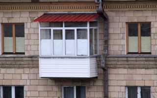 Остекление балконов с крышей: вариации