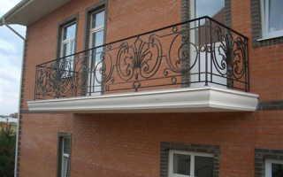 Балконные ограждения: выбор материала и ремонт