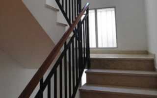 Окна на лестнице в частном доме