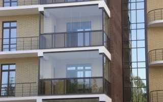 Витражное остекление балконов и лоджий: достоинства