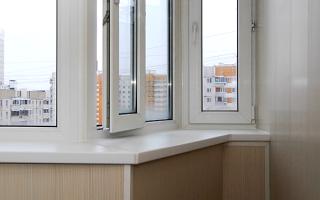 Дизайн балкона п44т: варианты декора