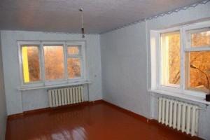 окно, предназначенное для комнаты в хрущевке