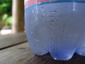 Появление конденсата на бутылке