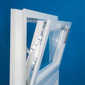 изготовить пластиковые окна с форточкой
