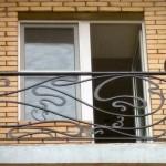 Стиль модерн для кованого балкона