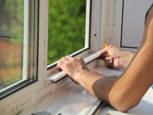 как правильно вставить пластиковое окно