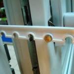 Регулировка фурнитуры к пластиковым дверям