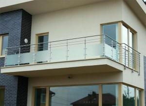 балкон из нержавейки