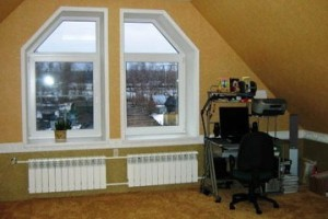 Остекление окна сложной формы профилем Брусбокс