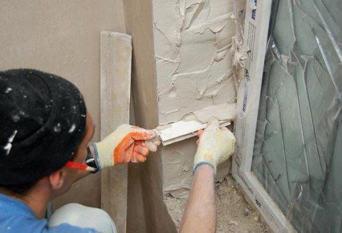 Изготовление откосов на окна из штукатурки