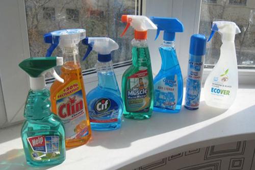 Чем лучше мыть окна