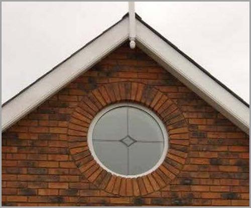 Дом с круглыми окнами