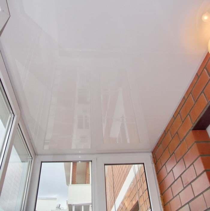 Потолок, придаст балкону законченный вид