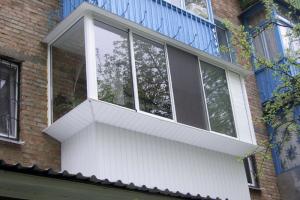 Расширение балкона небольшое